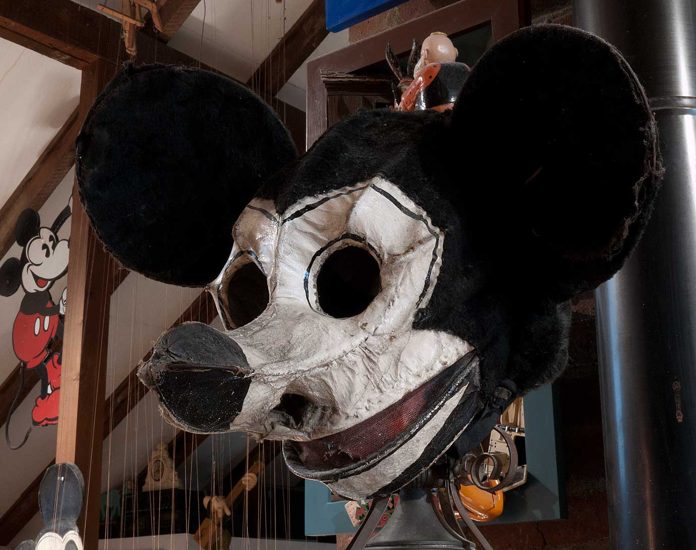 & MICKEY MASKS The Mel Birnkrant Collection